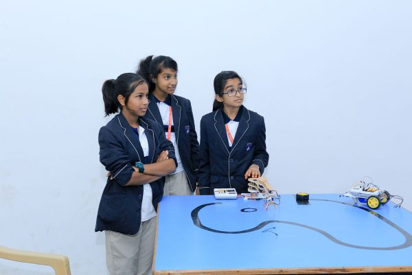 Robotics Competition by STEMpedia and STEMians-23