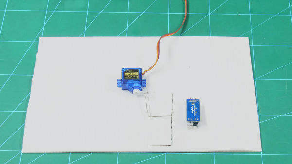 Automatic Door Attaching Servo