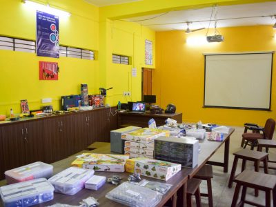 Atal Tinkering Lab Setup and Teacher Training by STEMpedia-30