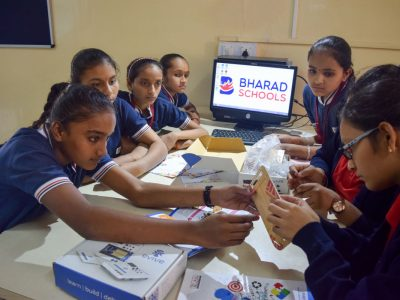 Atal Tinkering Lab Workshop on Robot Making Bharad by STEMpedia-10