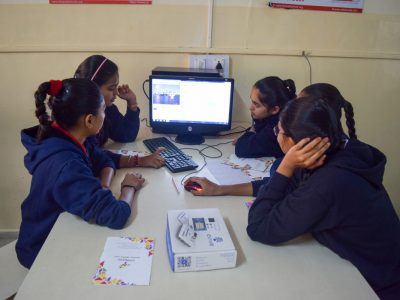 Atal Tinkering Lab Workshop on Robot Making Bharad by STEMpedia-2