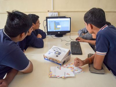 Atal Tinkering Lab Workshop on Robot Making Bharad by STEMpedia-8