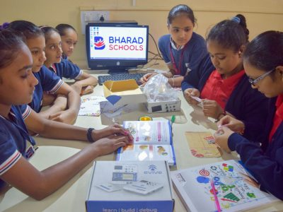 Atal Tinkering Lab Workshop on Robot Making Bharad by STEMpedia-9