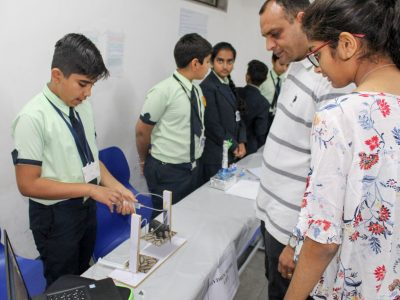Year End Workshop and Exhibition STEM Lab Mount Litera Zee School Ahmedabad STEMpedia-12